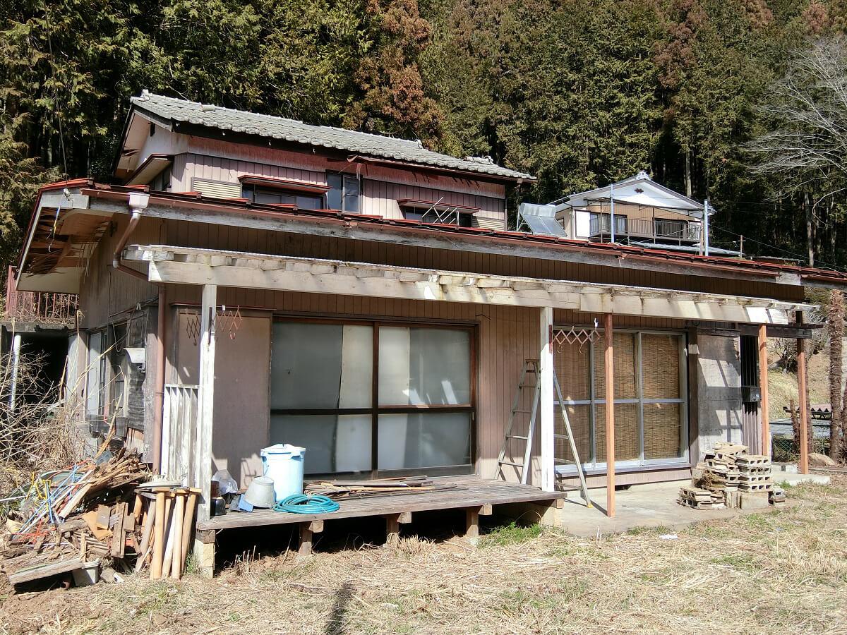 庭先でBBQができる埼玉県飯能市の戸建の概要画像